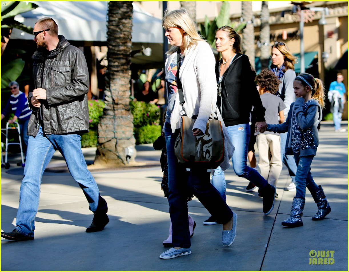 heidi klum martin kristen pretend city childrens museum with the kids 20
