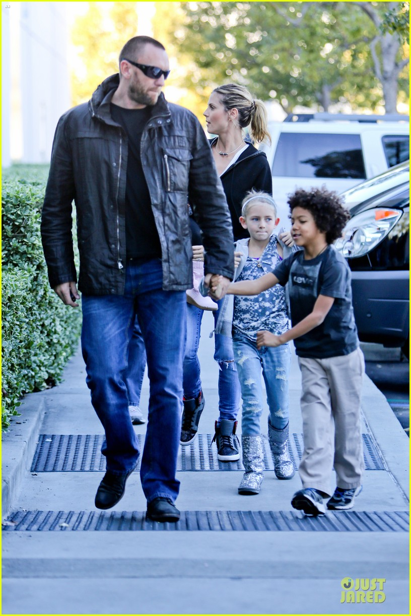 heidi klum martin kristen pretend city childrens museum with the kids 23