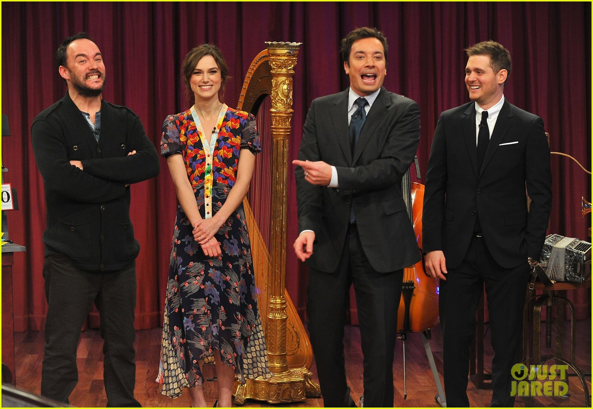 keira knightley musical instrument game with jimmy fallon 06