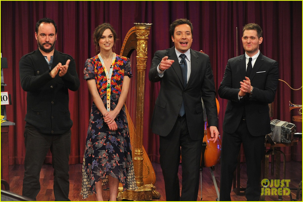 keira knightley musical instrument game with jimmy fallon 07