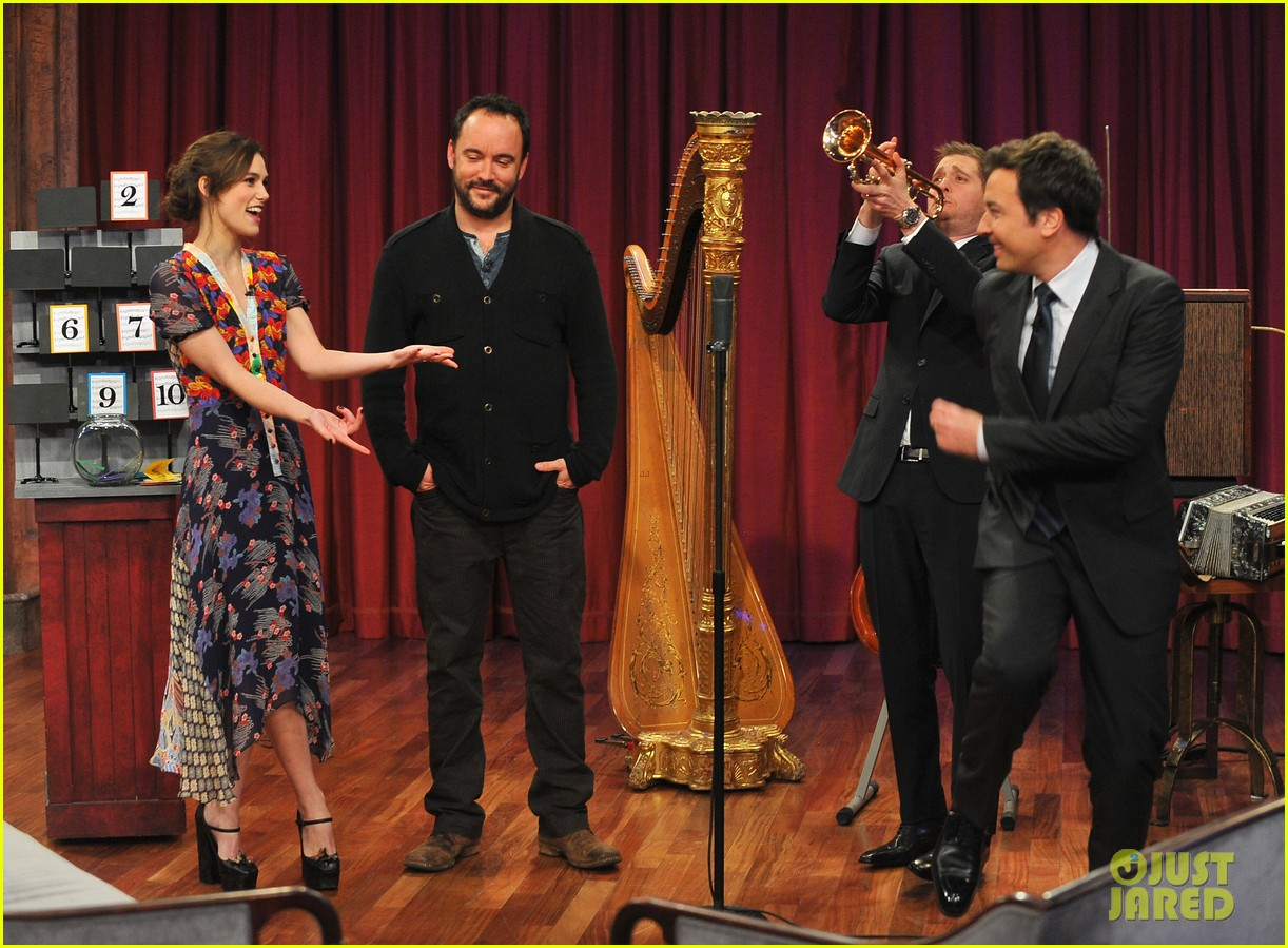 keira knightley musical instrument game with jimmy fallon 12