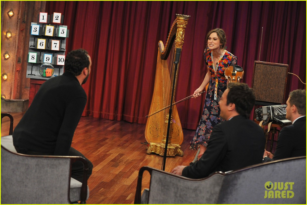 keira knightley musical instrument game with jimmy fallon 14