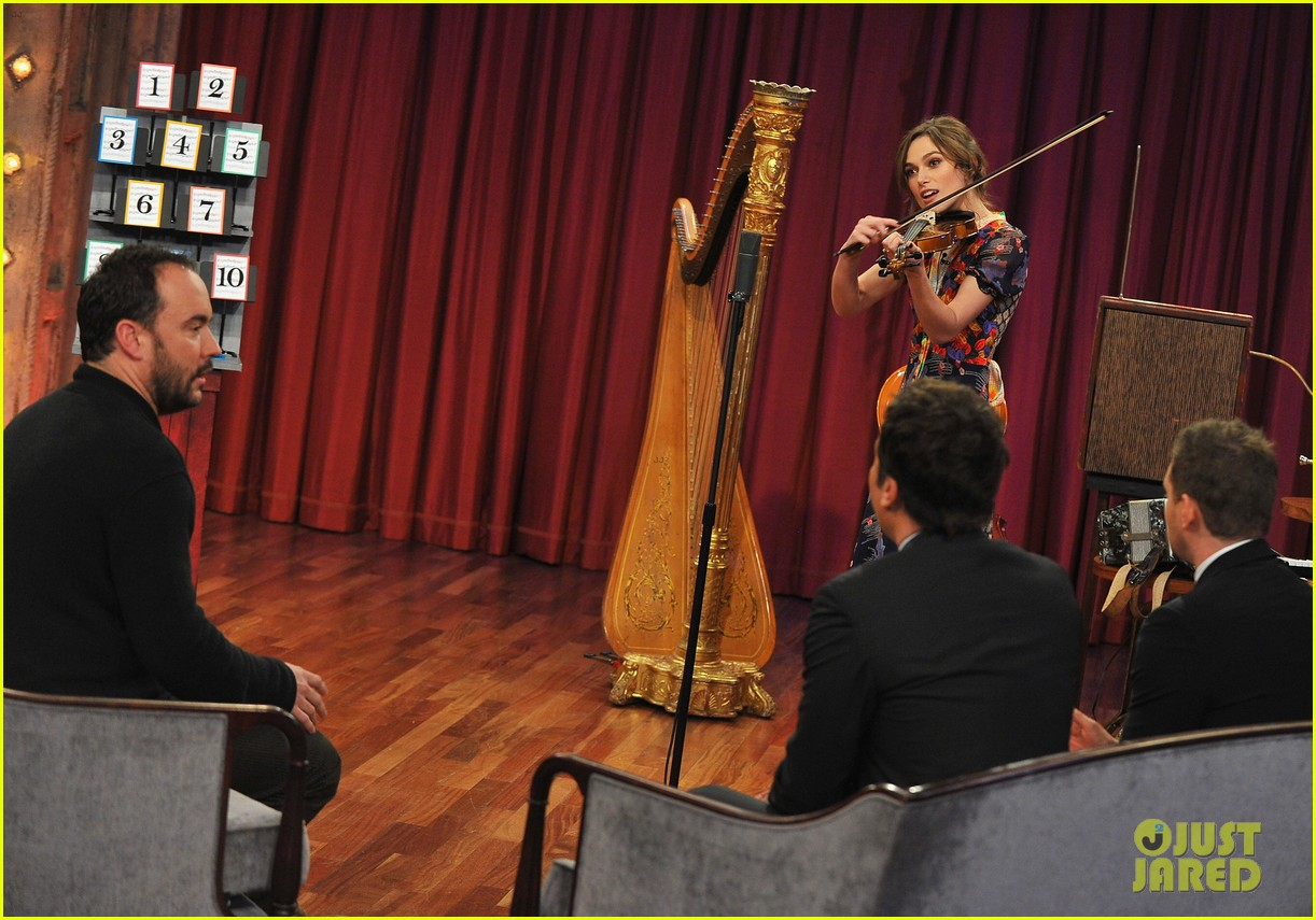 keira knightley musical instrument game with jimmy fallon 15