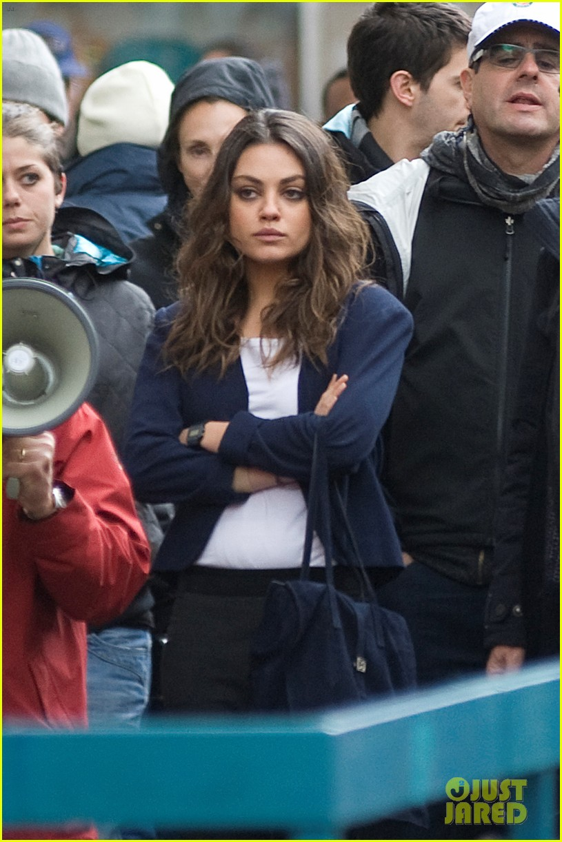 mila kunis third person rome set turned into new york 022769105
