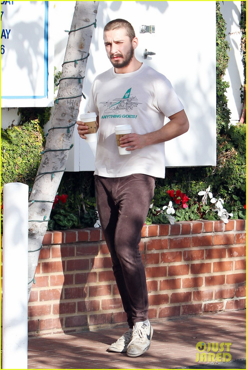 shia labeouf takes mia goth shopping 10