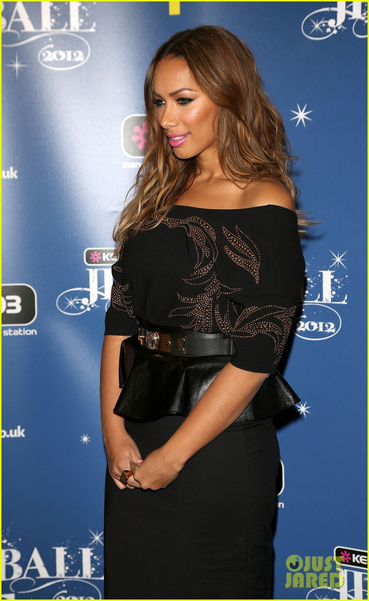leona lewis lovebird video premiere watch now 062770717