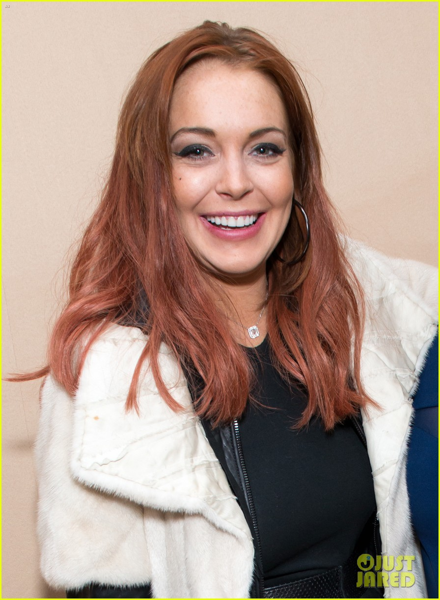 lindsay lohan thanks charlie sheen for 100k gift 04
