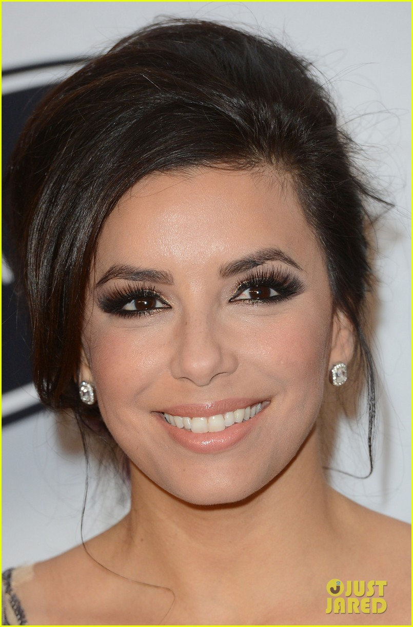 eva longoria noble gift gala with will i am 14