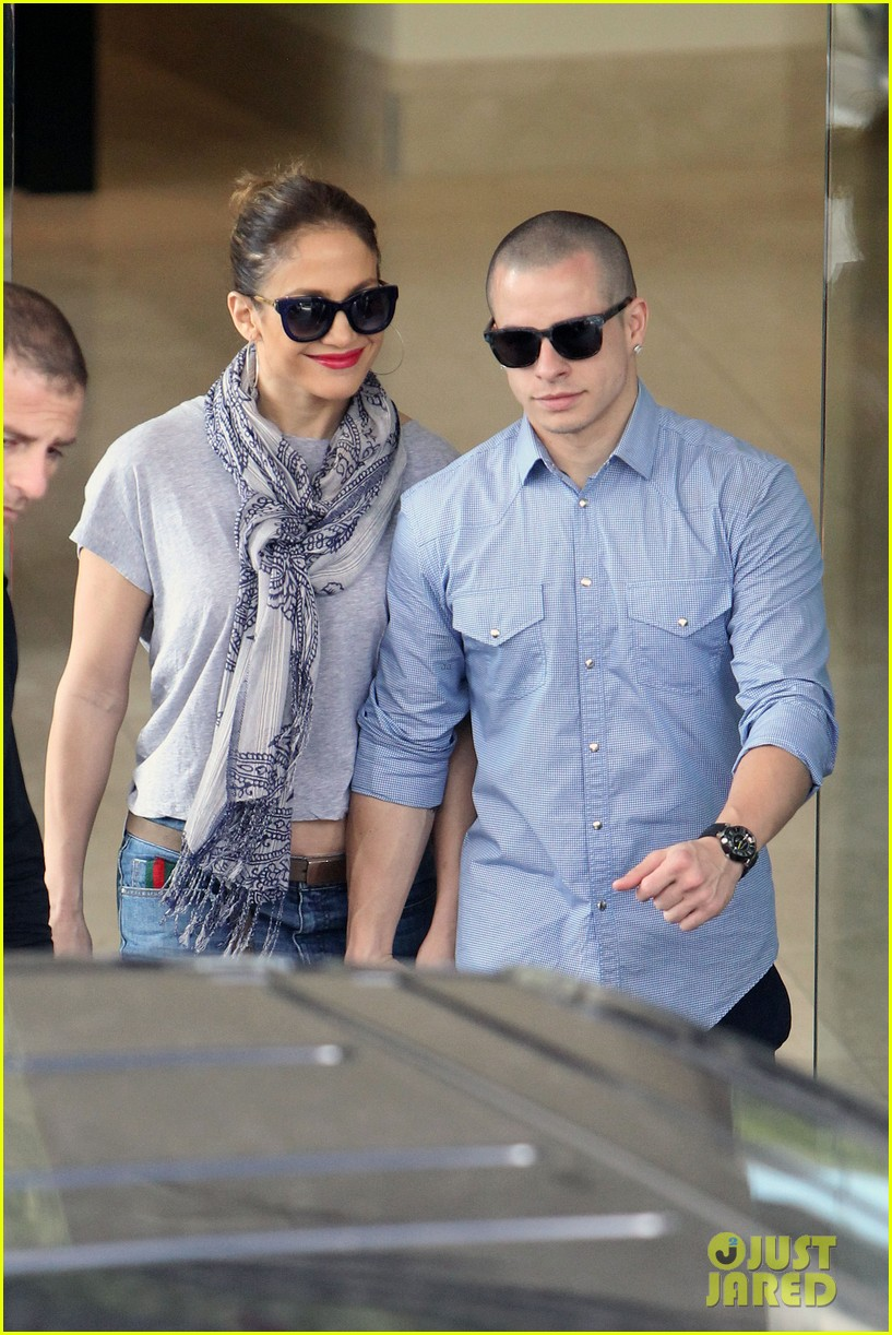 jennifer lopez casper smart australia lovers 062770314