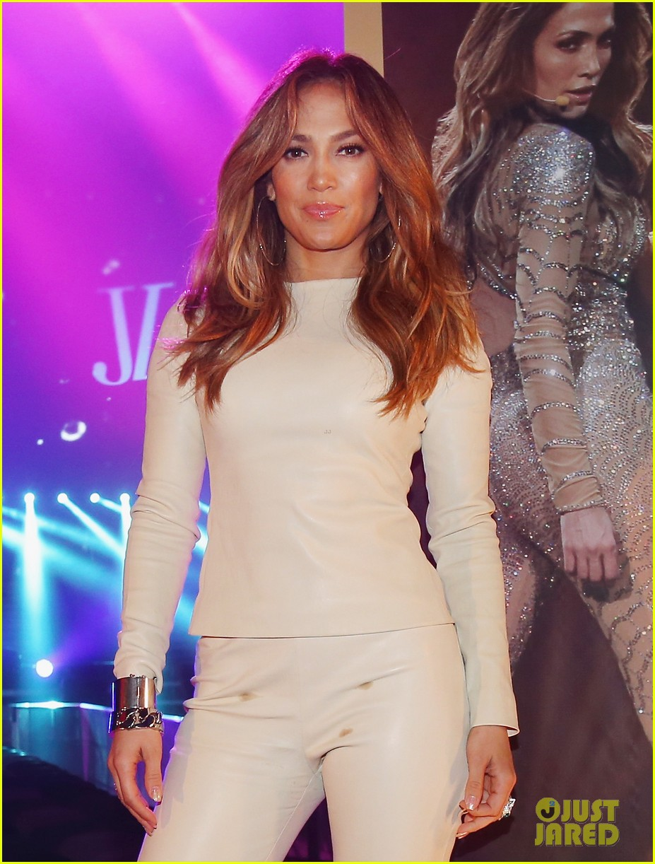 jennifer lopez melbourne press call 02
