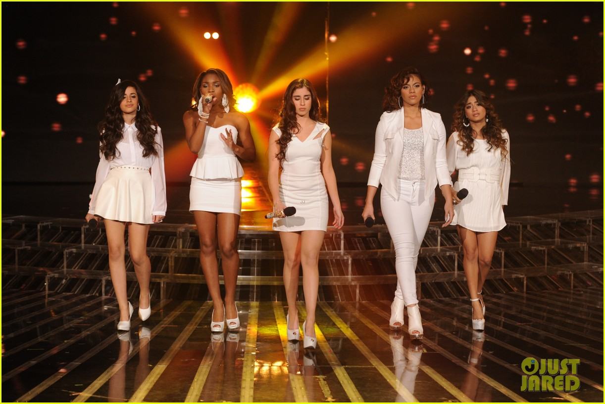 demi lovato fifth harmony x factor finale performance 01
