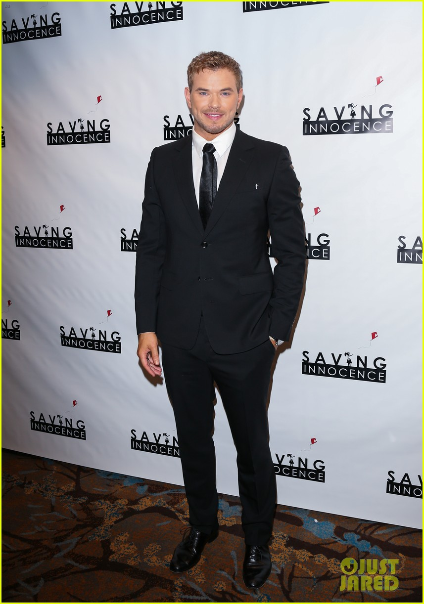kellan lutz annalynna mccord saving innocence gala 05