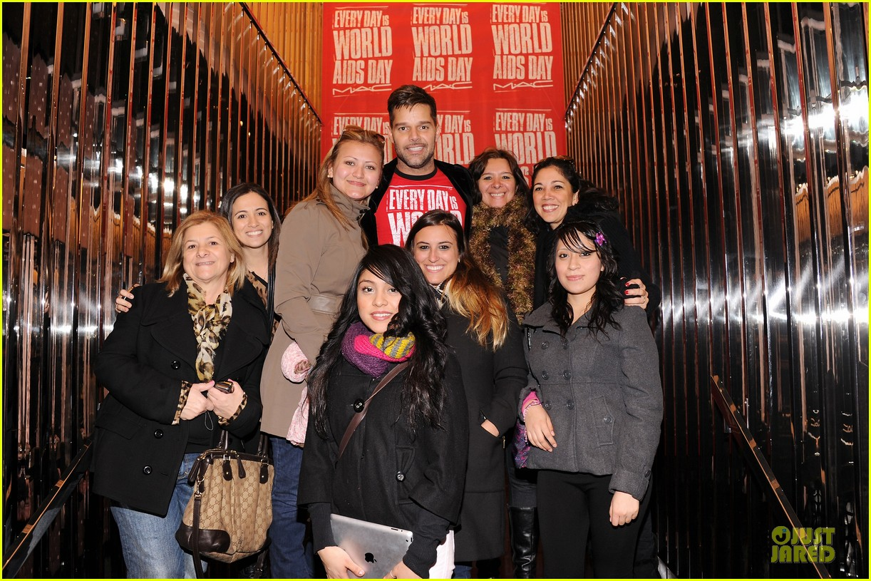 ricky martin world aids day event 05