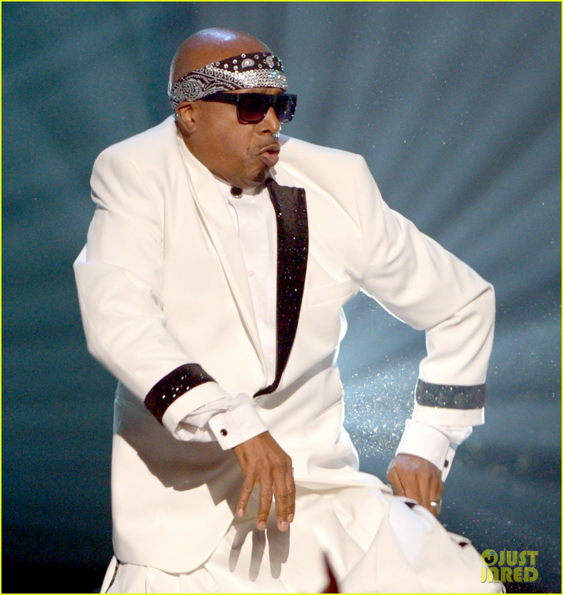 mc hammer to reunite with psy at new years rockin eve exclusive 02
