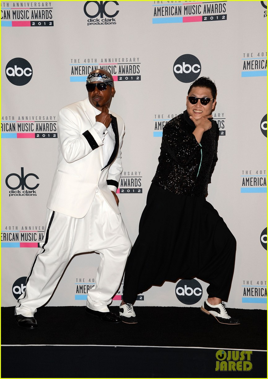 mc hammer to reunite with psy at new years rockin eve exclusive 03