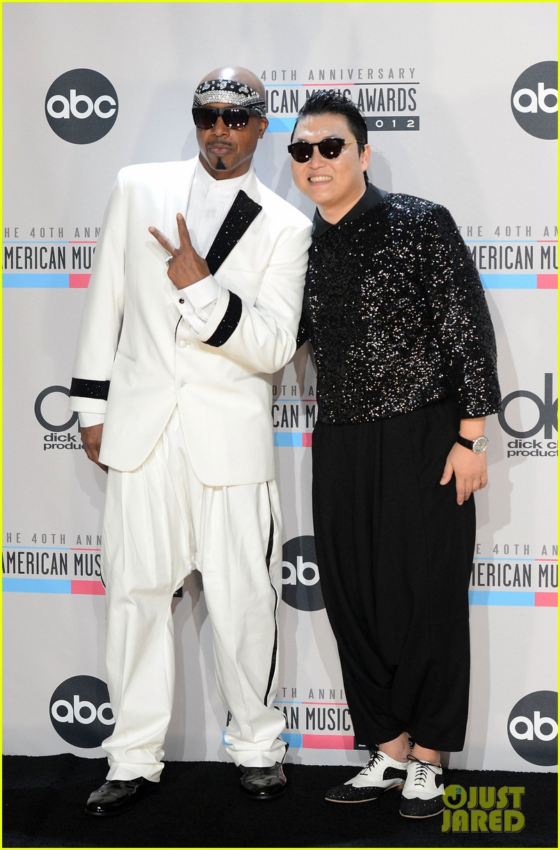 mc hammer to reunite with psy at new years rockin eve exclusive 05