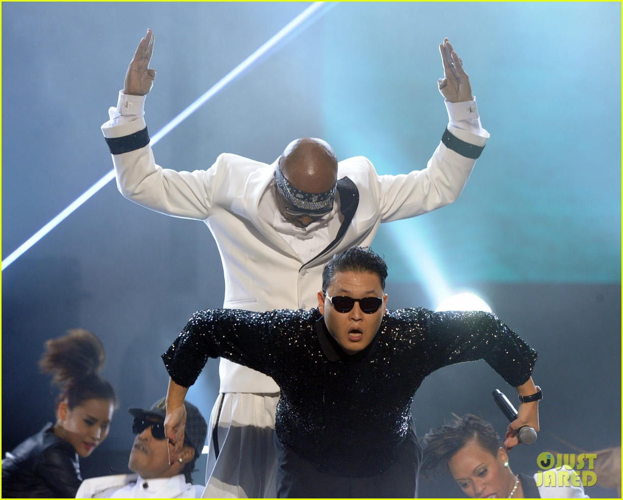 mc hammer to reunite with psy at new years rockin eve exclusive 08