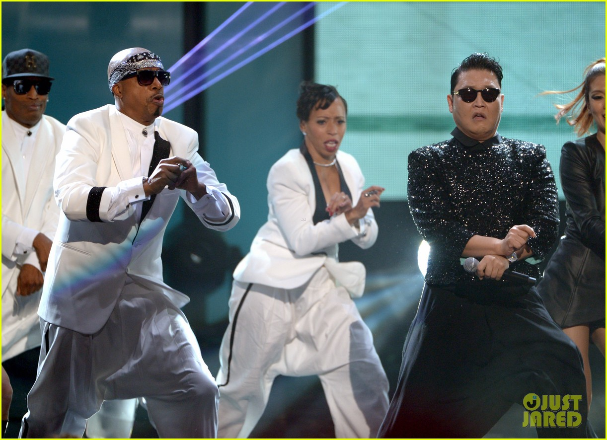 mc hammer to reunite with psy at new years rockin eve exclusive 09