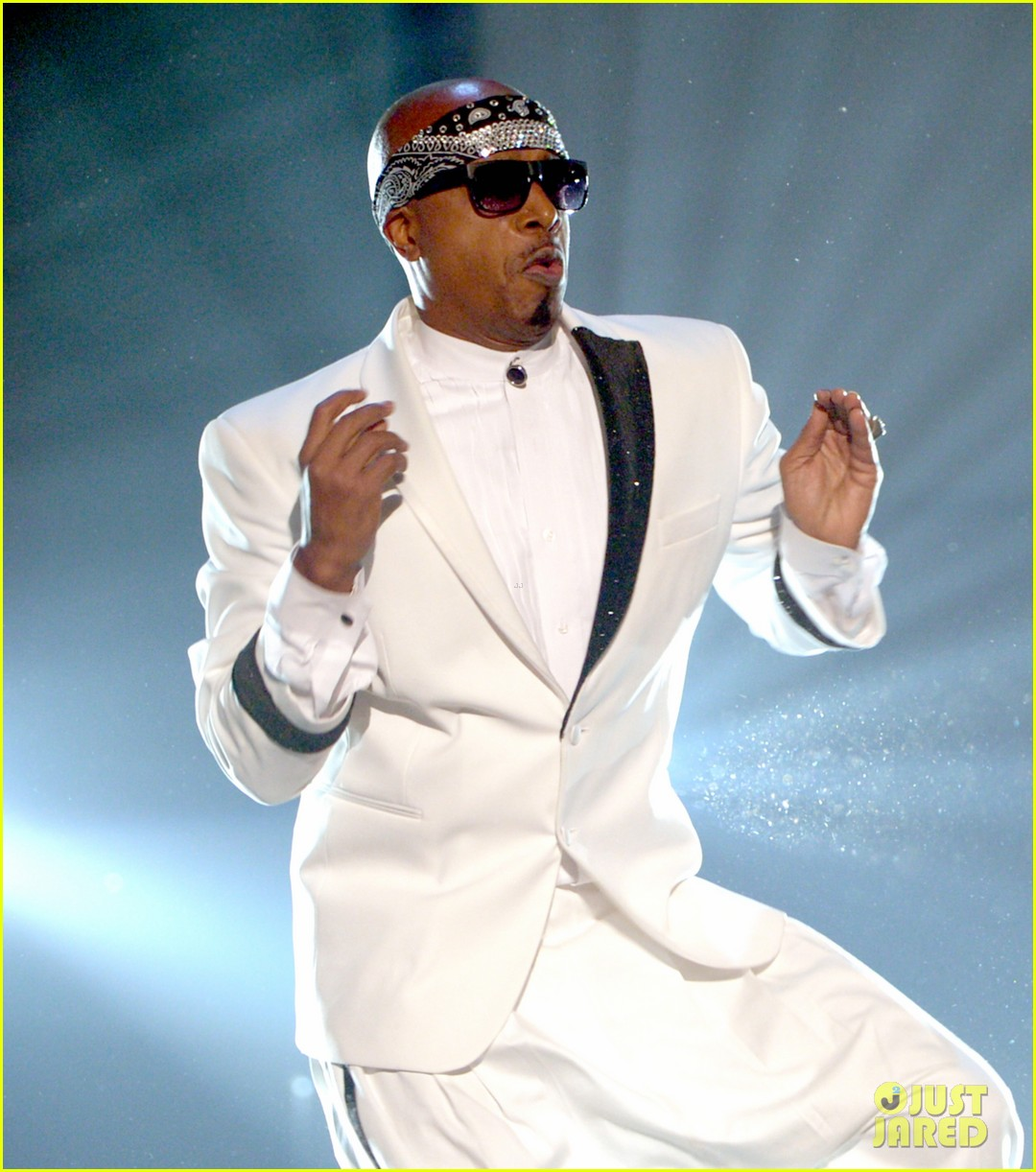 mc hammer to reunite with psy at new years rockin eve exclusive 10