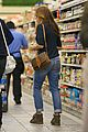 eva mendes grocery shopping with a gal pal 18