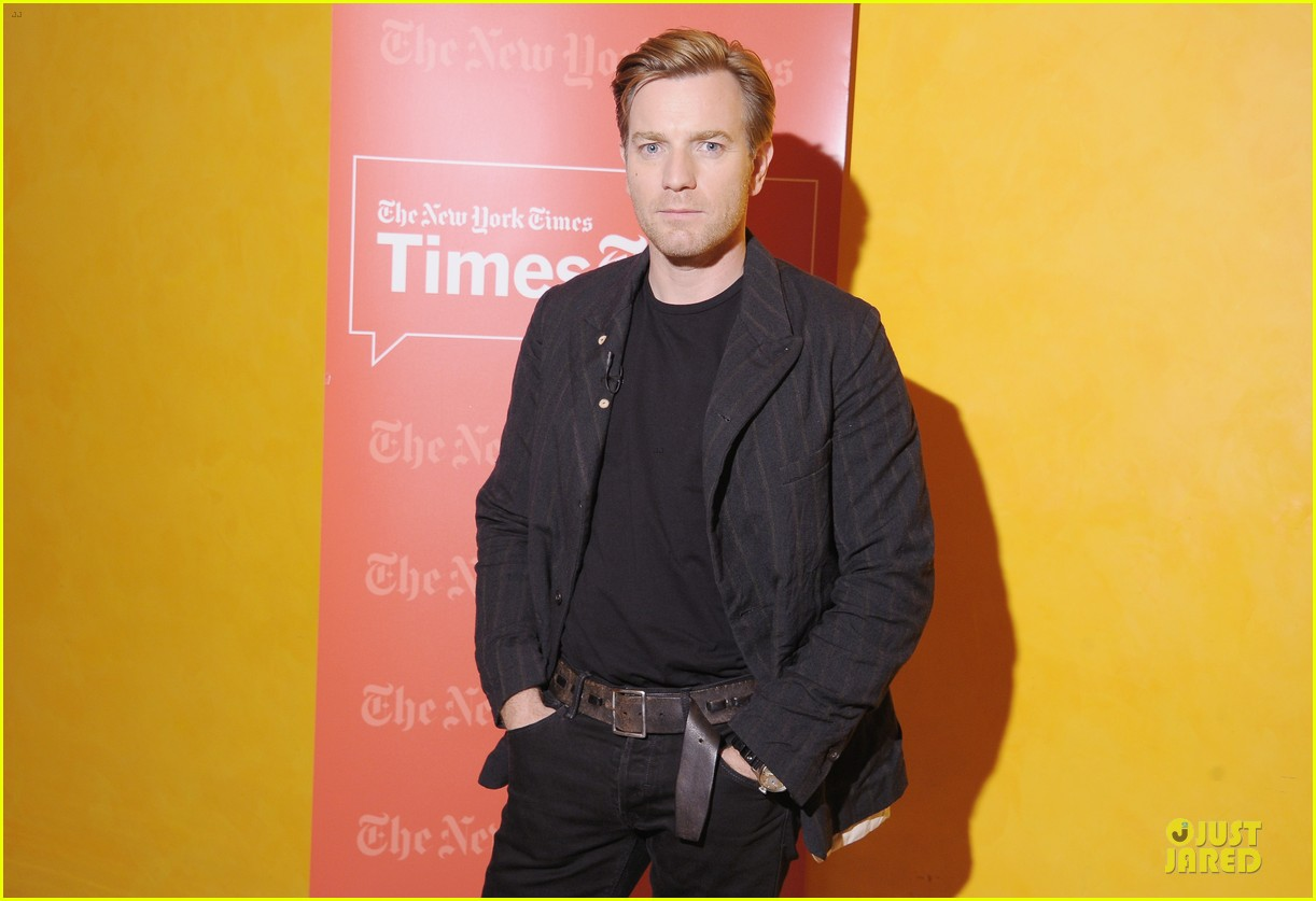 ewan mcgregor thank you for kind words about golden globe nomination 06