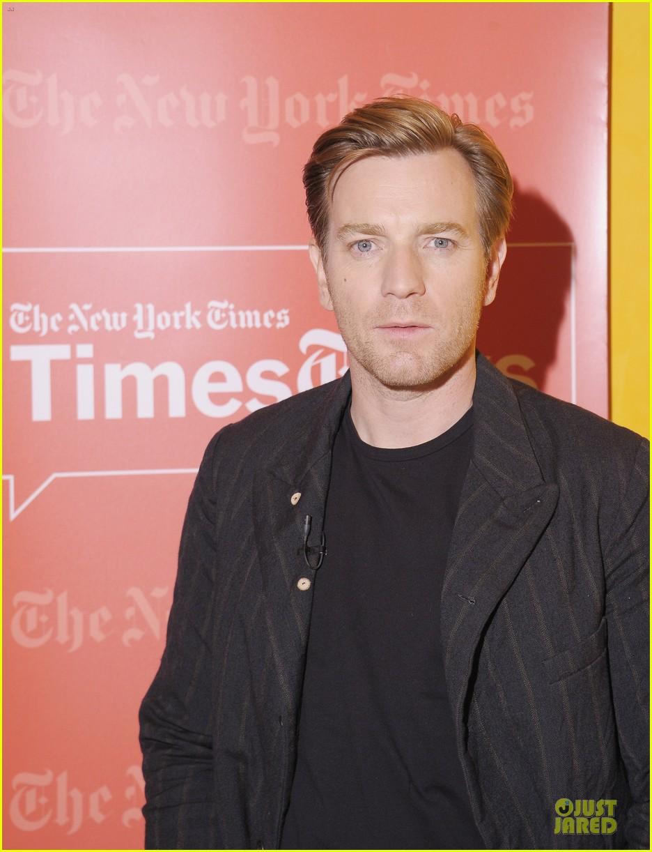 ewan mcgregor thank you for kind words about golden globe nomination 07