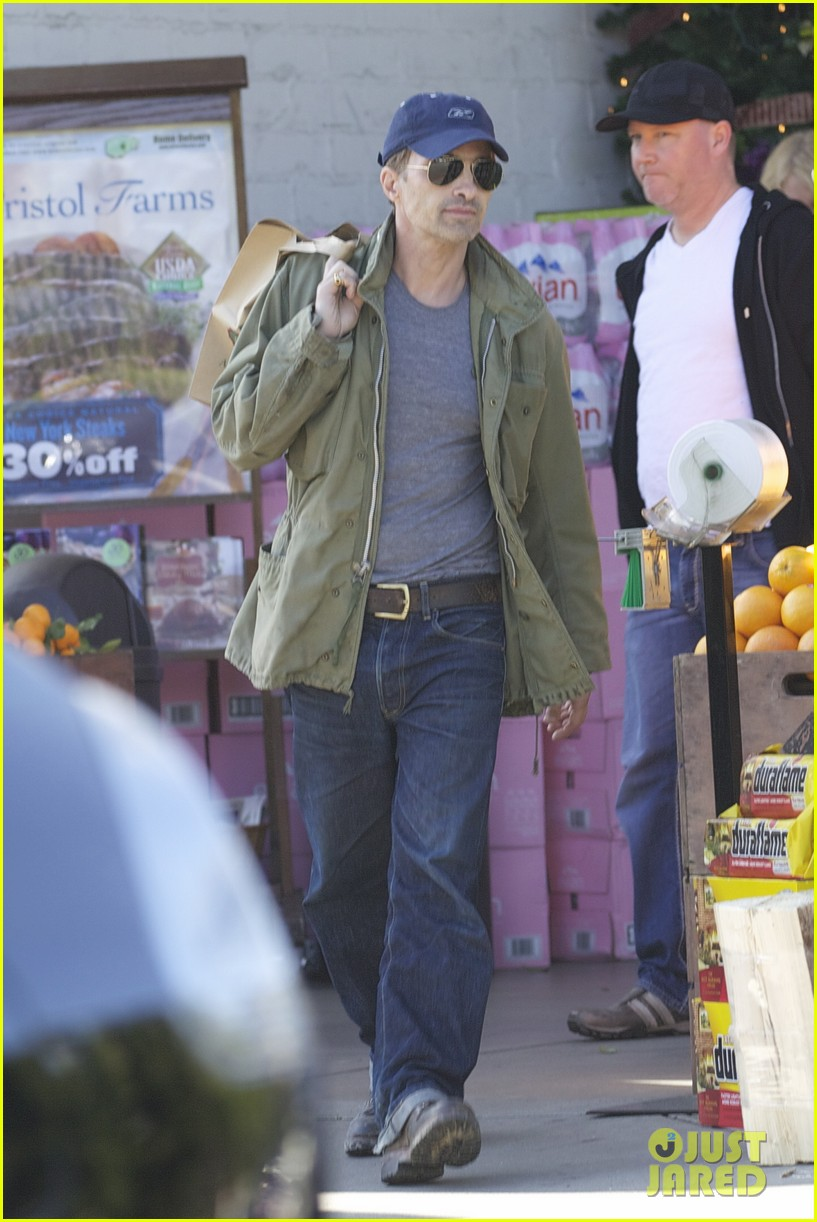olivier martinez monday grocery run 03