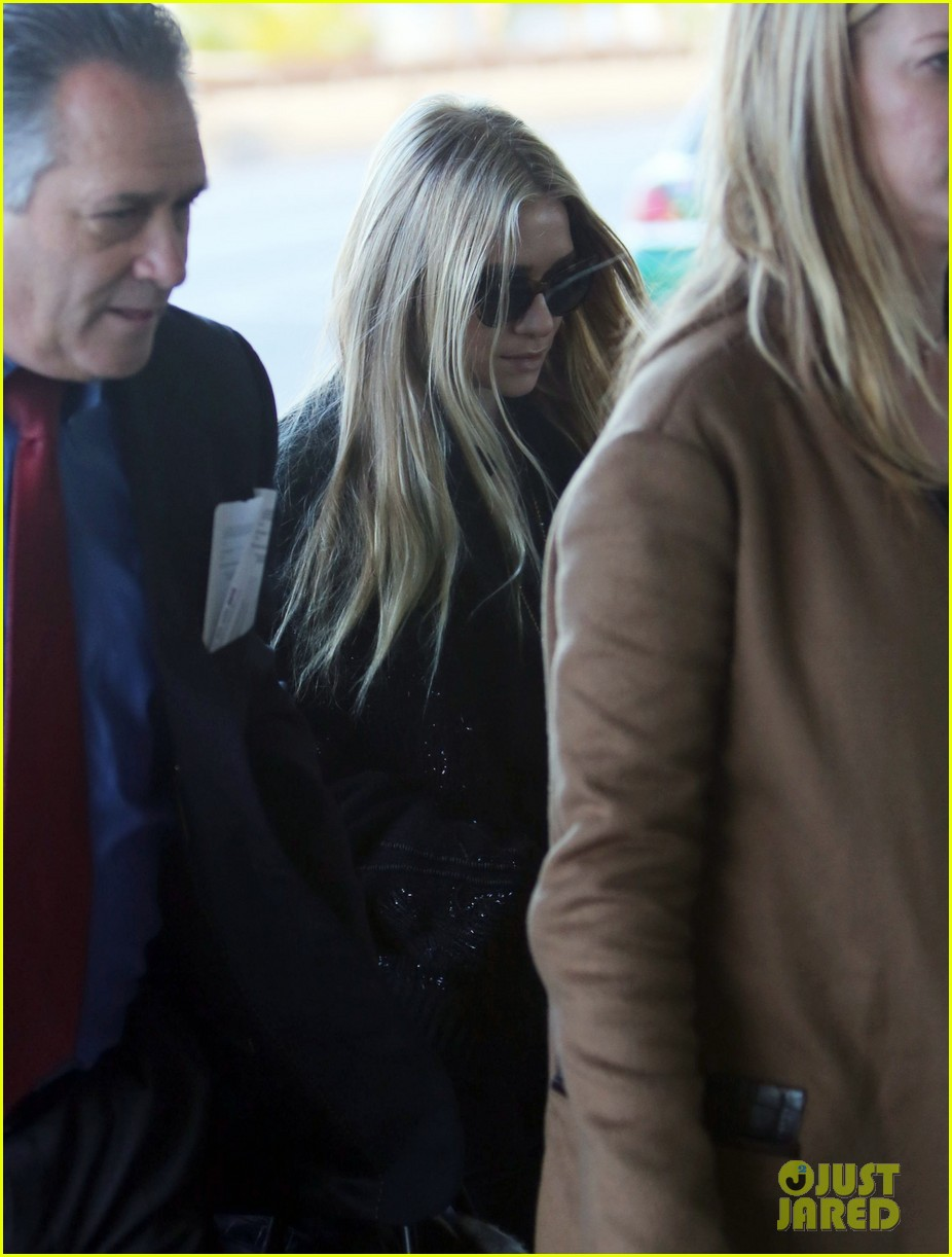 mary kate ashley olsen holidays with the family 062775901