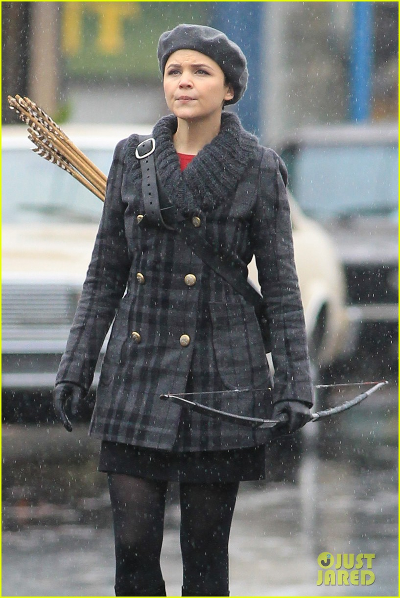 ginnifer goodwin josh dallas rain set 01
