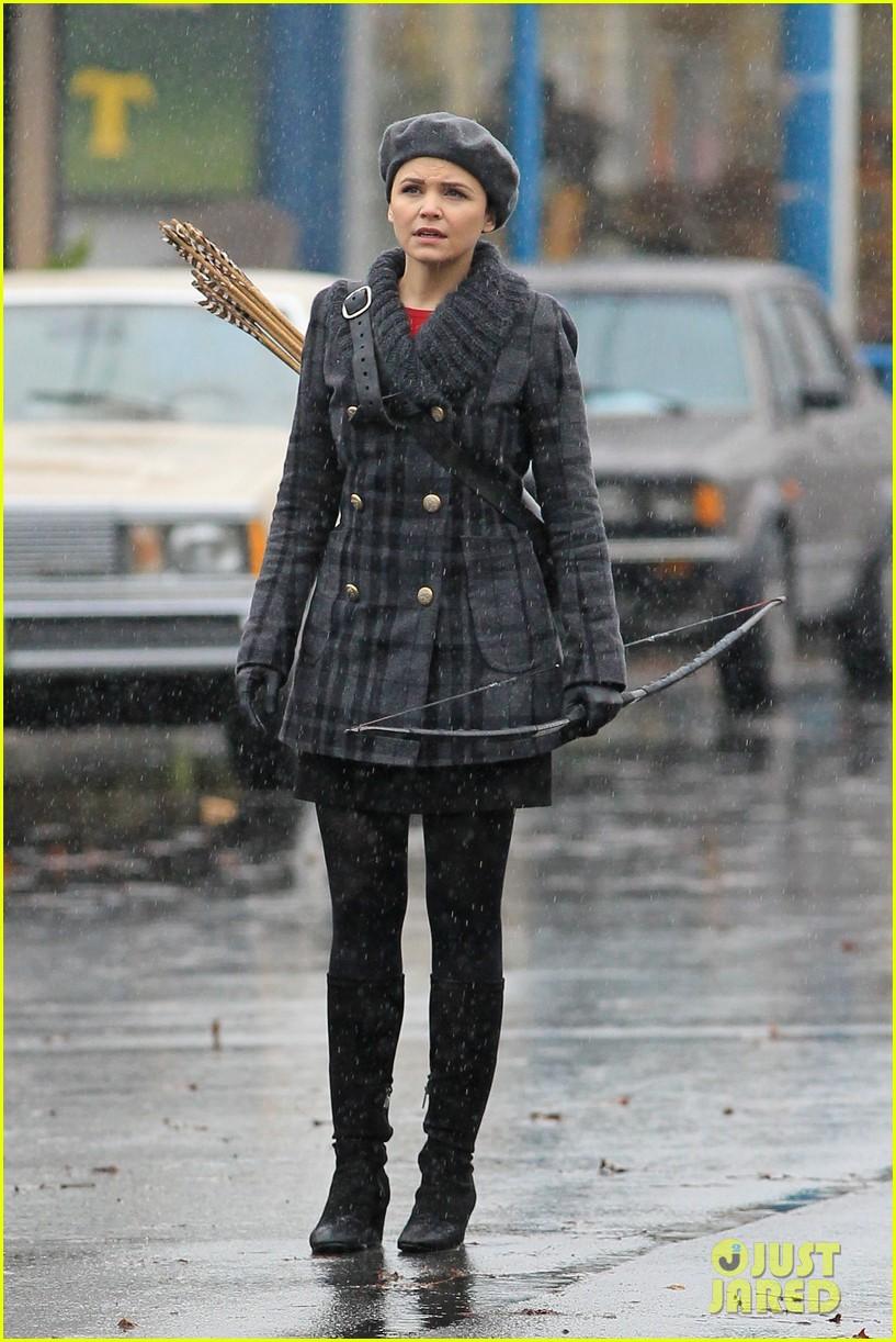 ginnifer goodwin josh dallas rain set 04