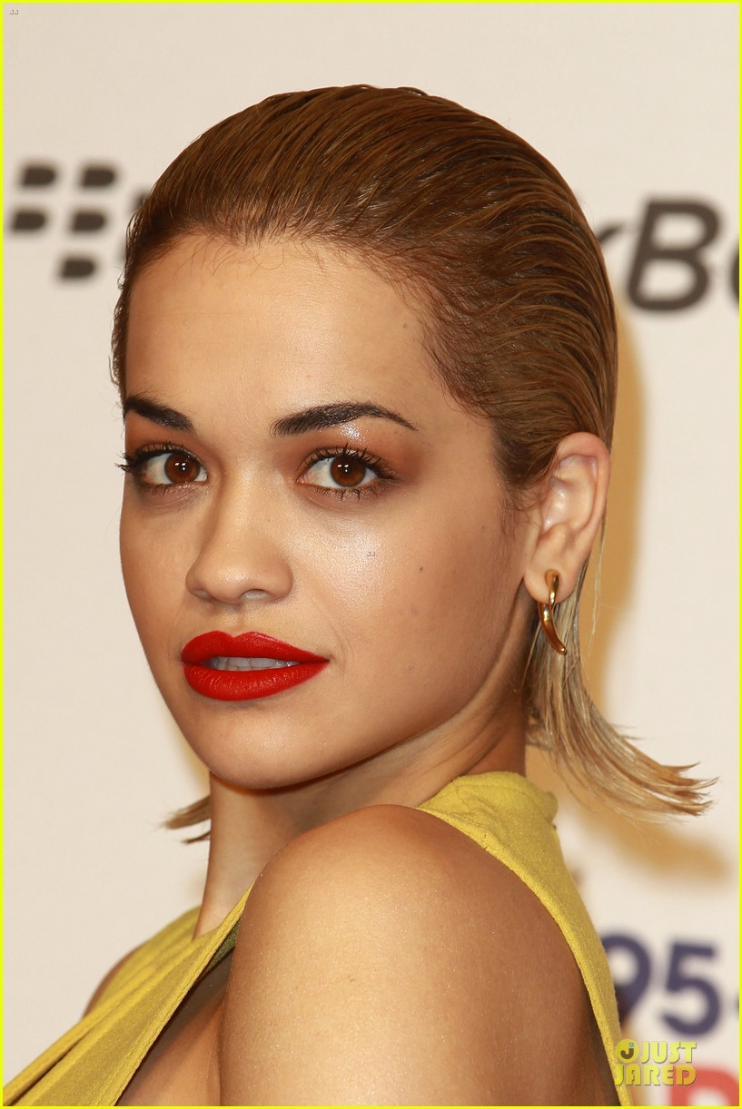 rita ora & the wanted jingle bell ball 11