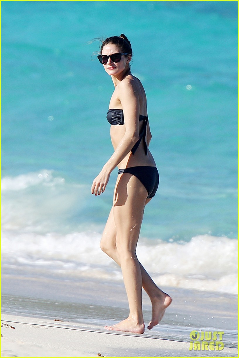 olivia palermo bikini beach with shirtless johannes huebl 012782245