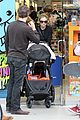 anna paquin stephen moyer holiday shopping with the twins 26