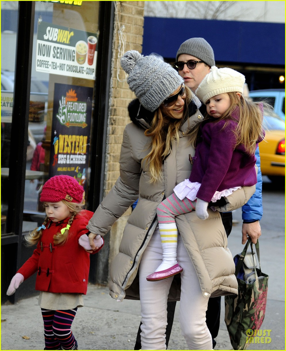 sarah jessica parker & matthew broderick school walk with the twins 022776475