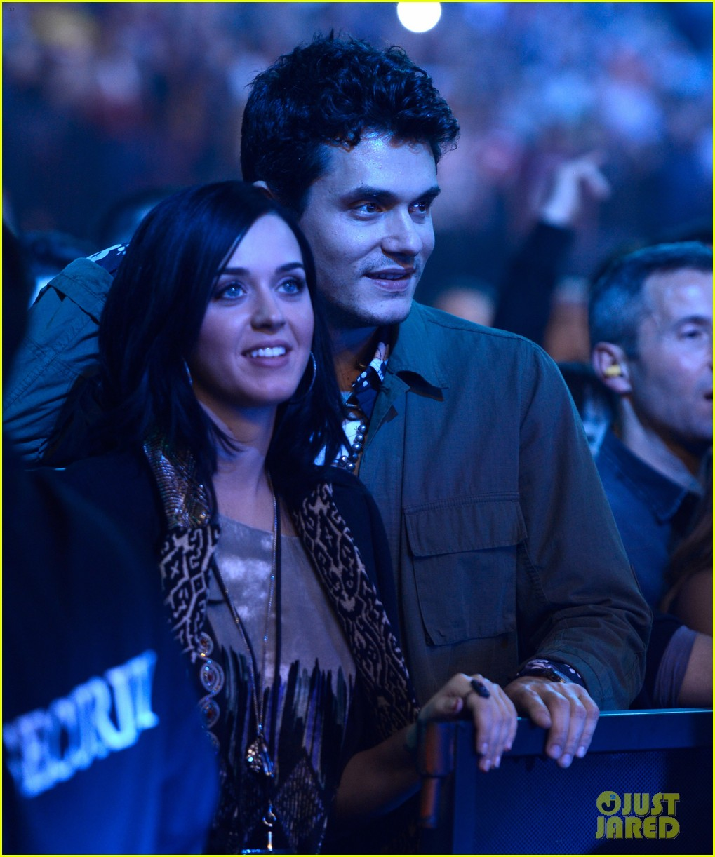 katy perry john mayer rolling stone concert couple 06