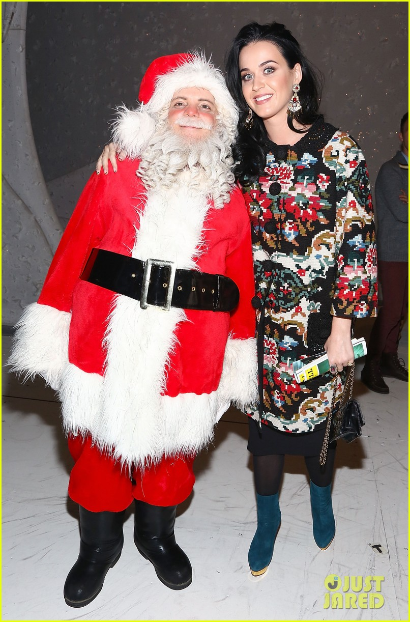 katy perry john mayer christmas story backstage visit 01