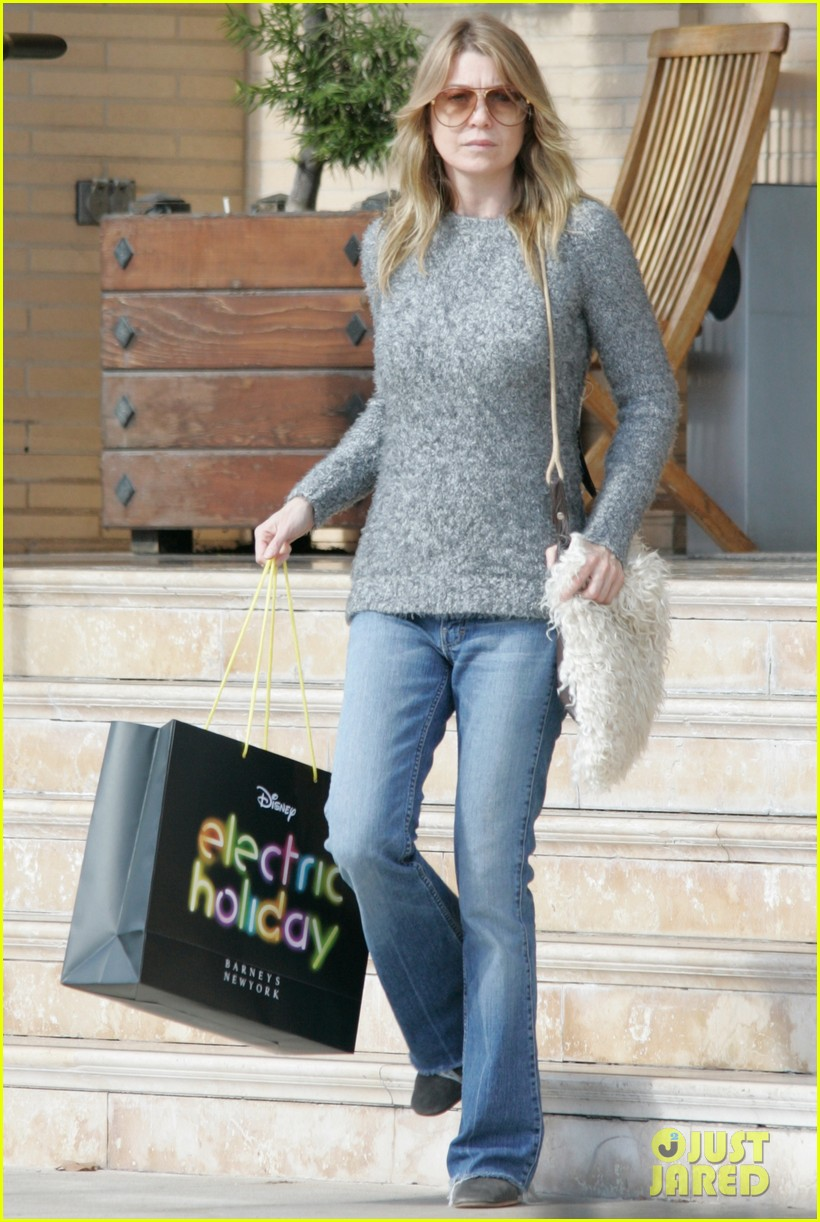 ellen pompeo chris ivery post christmas shopping 01