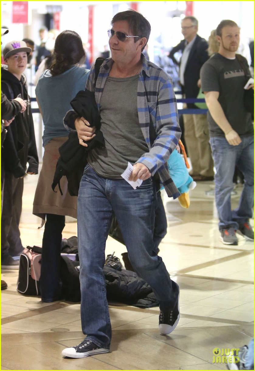 dennis quaid lax departure with a mystery woman 01