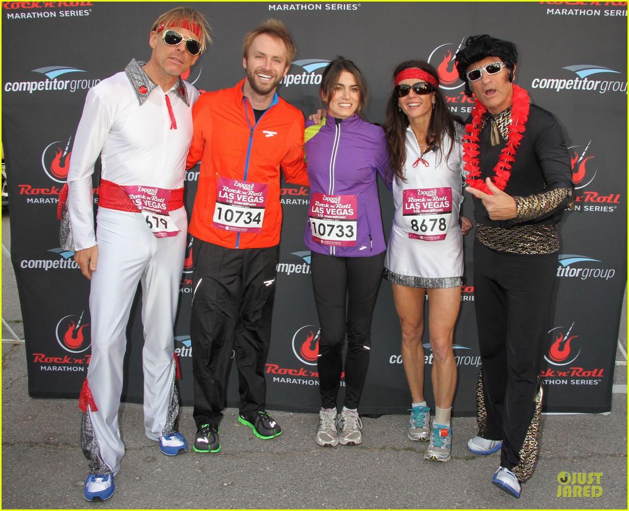 nikki reed & paul mcdonald rock n roll marathon & half marathon 032768376