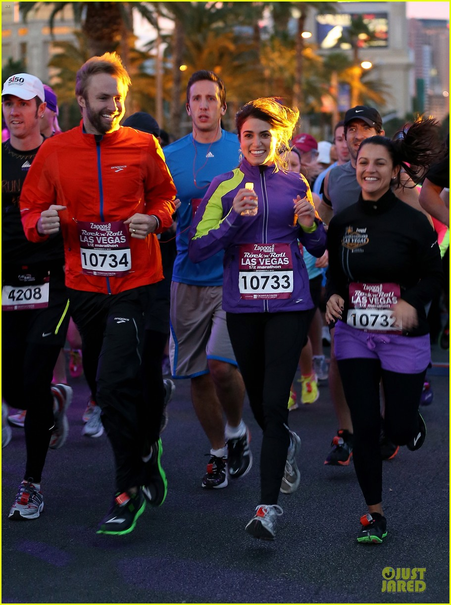 nikki reed & paul mcdonald rock n roll marathon & half marathon 05