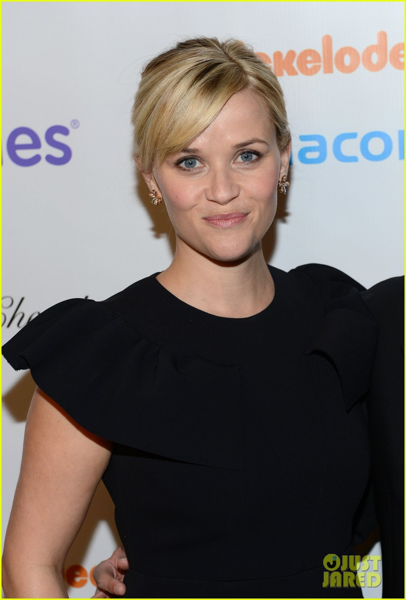 reese witherspoon elizabeth banks march of dimes 2012 04