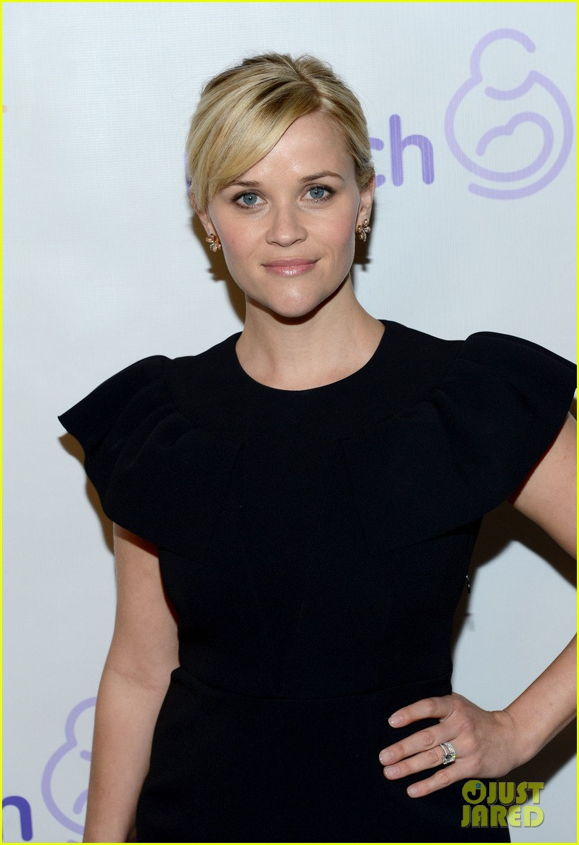 reese witherspoon elizabeth banks march of dimes 2012 06