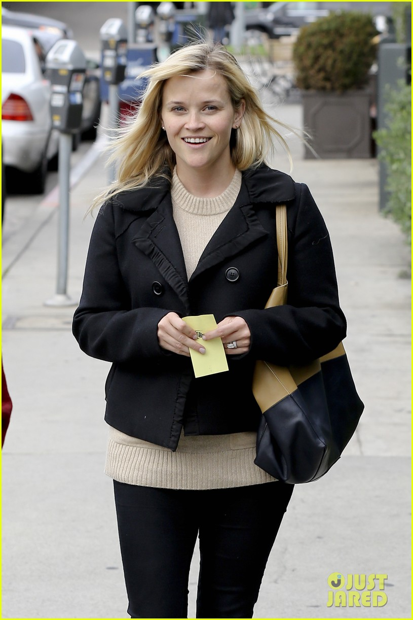 mindy kaling reese witherspoon lunch 12