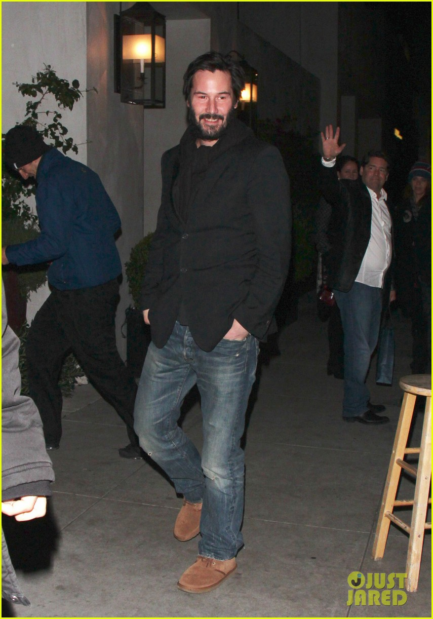 keanu reeves peace out 2012 01