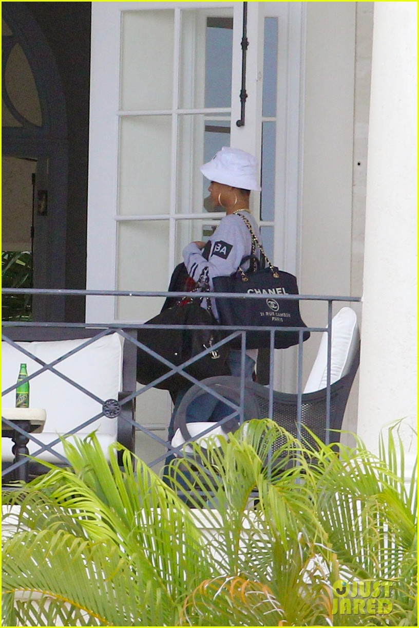 rihanna gran gran dolly memorial at barbados hospital 08