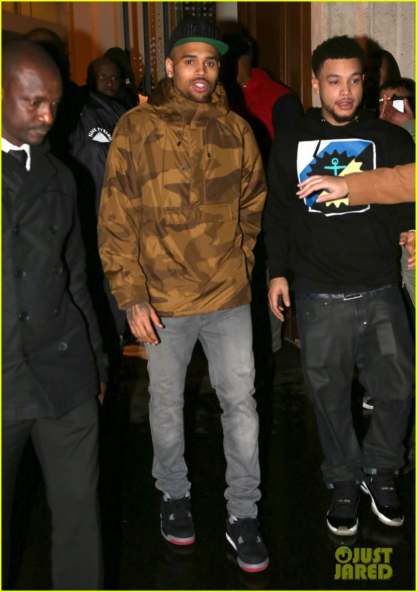 rihanna chris brown separate paris outings 05