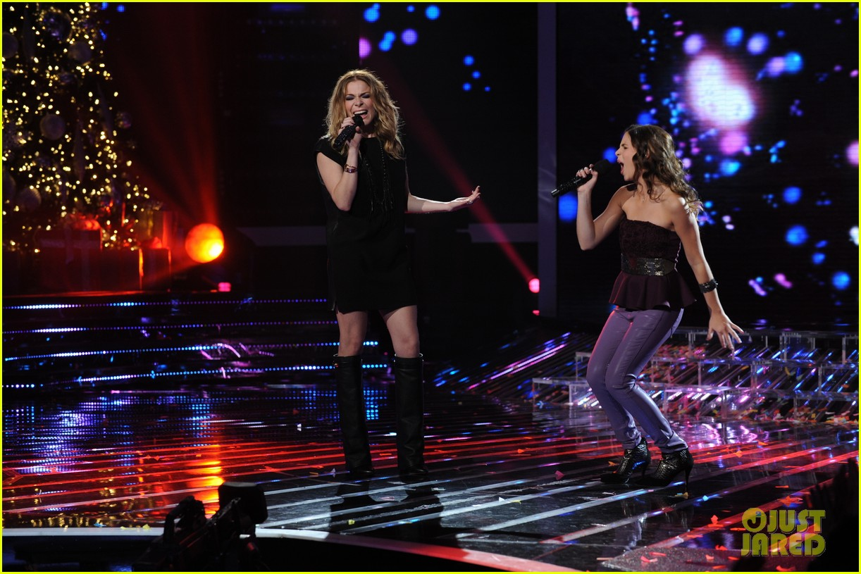 leann rimes carly rose sonenclar x factor finale performance 05