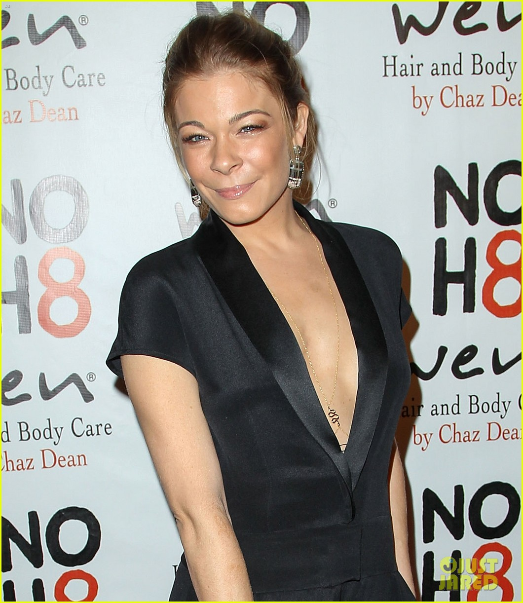leann rimes eddie cibrian noh8 party kisses 042775164