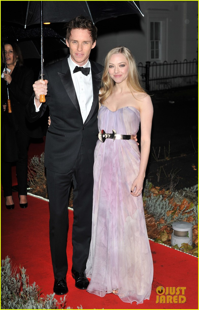 amanda seyfried dating eddie Amanda seyfried is speaking up about the wage gap  tatum) to les  miserables, where she mostly acted opposite eddie redmayne though.
