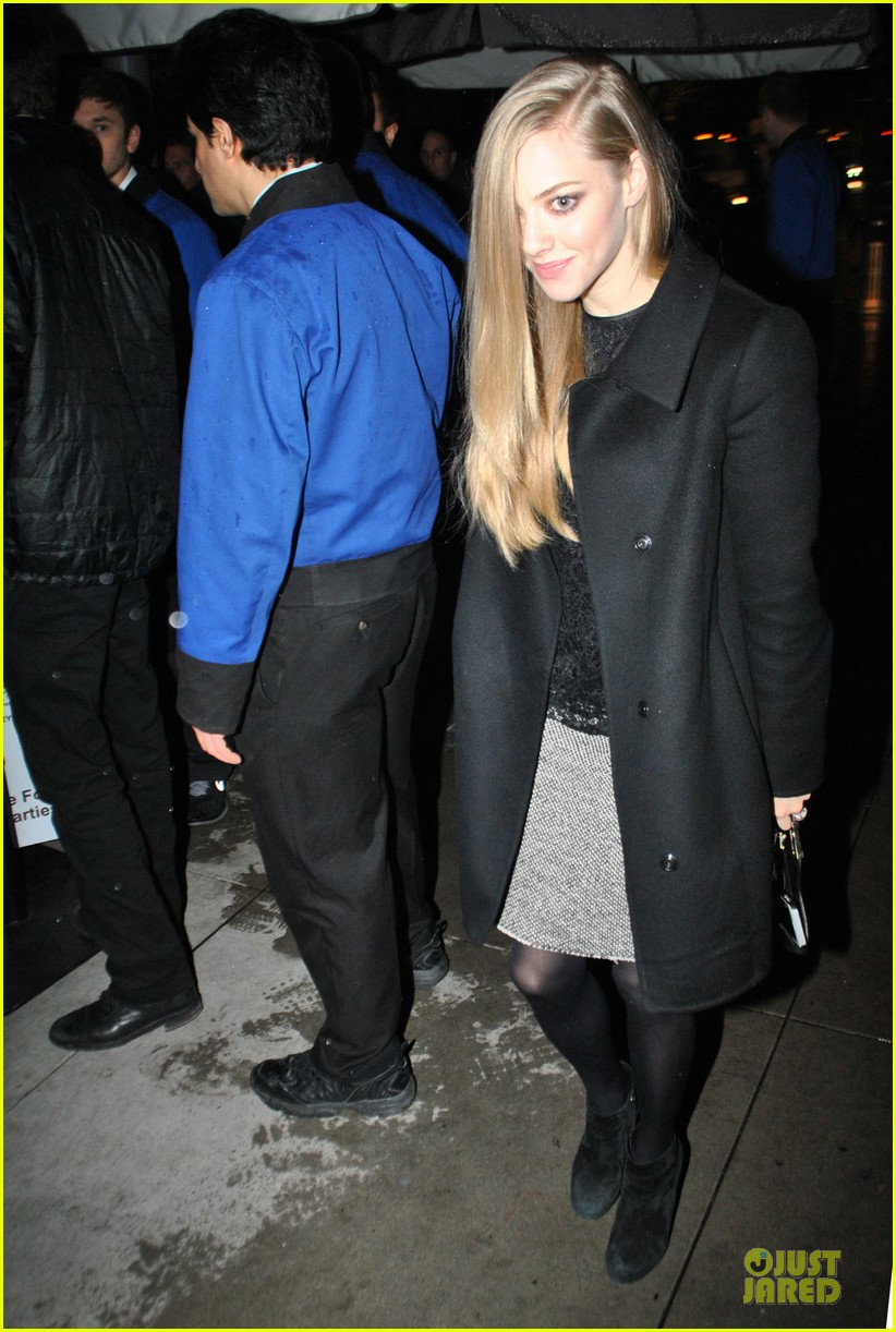 amanda seyfried & hugh jackman pre golden globes nominee party 02